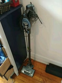 black and gray upright vacuum cleaner Montréal, H4A 3H3