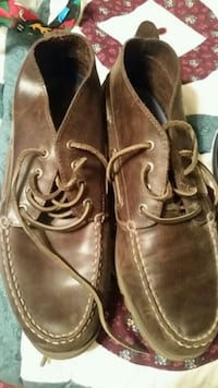 Sperry men's mid shoes. Worn maybe twice. Size 10  Amarillo, 79110