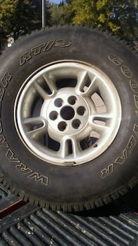 15 inch tire and rim Choctaw, 73020