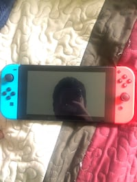 I barely used it its brand new so im selling it with 3 games and the pouch Salinas, 93906