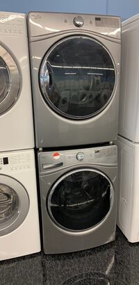 27' French washer and dryer  Toronto, M3J 3K7