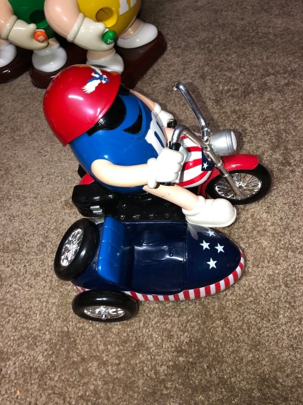 M&M Motorcyle and Roller Coaster dispenser (collectibles) c6d1b21f-6ebb-4e9f-8551-bb580751c00c