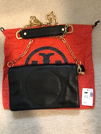 Tory Burch camera bag cross body (authentic)
