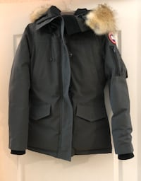 Authentic Women's Canada Goose Montebello jacket