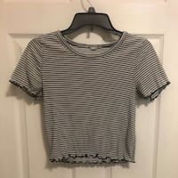 stripped lettuce sleeved crop (small) Point Of Rocks, 21777