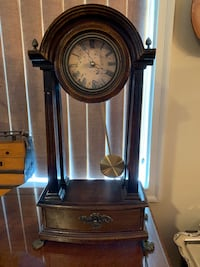 Shelf top Grandfather Clock