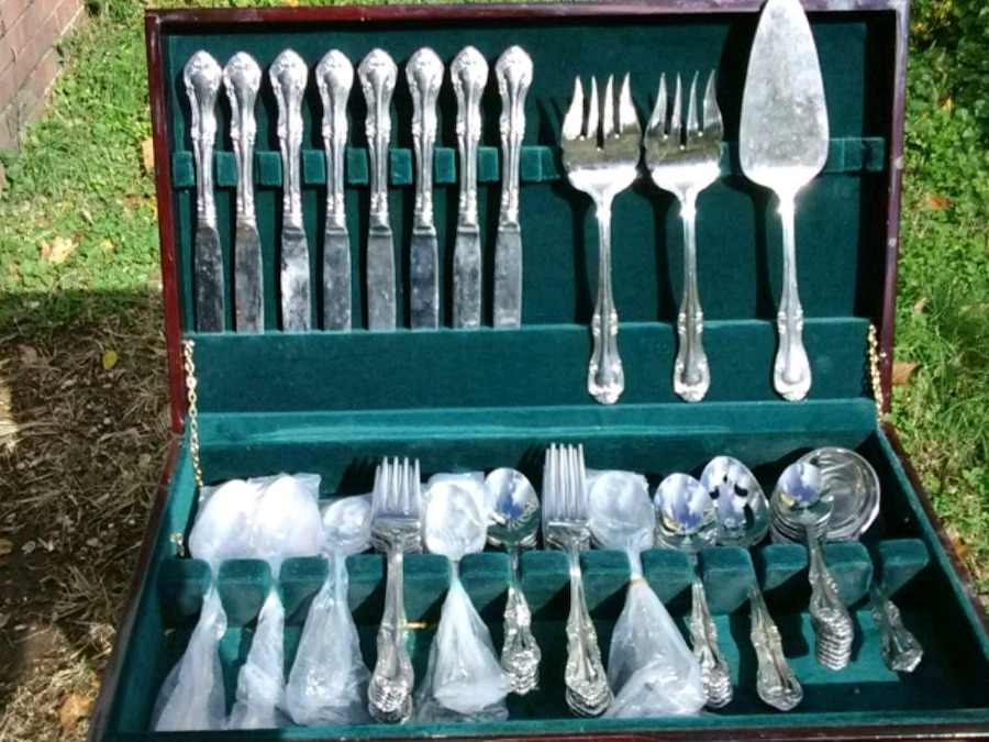 Wallace Stainless Steel Flatware Service For 10