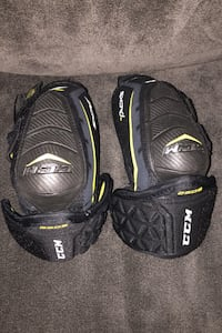 CCM tacks classic elbow pad