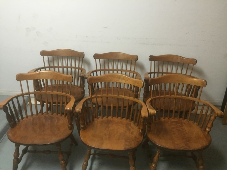 Vintage Windsor S.Bent U0026 Bros Colonial Chairs And Table In Phoenix   Letgo