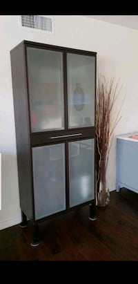 Brown wooden framed glass cabinet Huntington Beach, 92649
