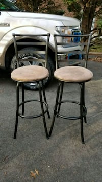 Bar stools barely used Alexandria, 22310