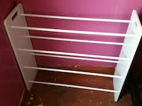 white and red metal rack Bourg, 70343
