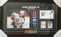 Rare Signed and Framed Mark Messier Display #285/411 from Canada Post Toronto, M4V 2C1