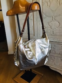 Looks brand new Kate Spade Hobo Silver Spring, 20904
