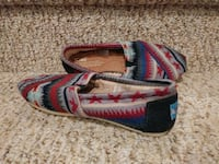 New Women's Size 6 TOMS Shoes [Retail $65] Woodbridge, 22193