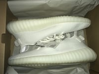 Yeezy Boost 350 V2 Triple White Adidas shoes Lincoln, 68521