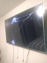 Haier tv 55' BROKEN!!! Oklahoma City, 73127