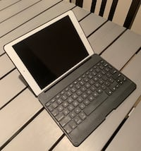 iPad Air 1 32gb w/Keyboard Case Woodbridge, 22192