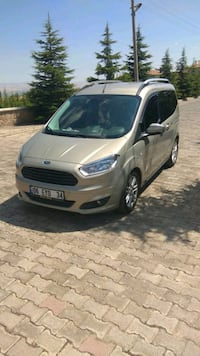 2017 Ford Tourneo Courier 1.6L TDCI 95PS
