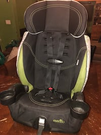 baby's black and green car seat Las Vegas, 89130