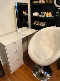 Vanity w/ Mirror & Vanity Chair