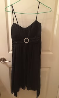 EXCELLENT CONDITION BLACK STRAP EVENING DRESS Richmond
