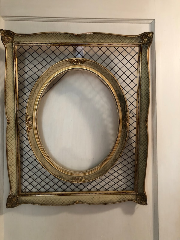 Wire and wood frame