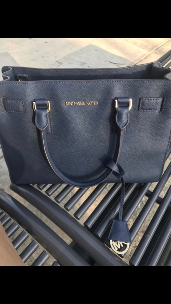 d00442f28db967 Used Navy blue michael kors leather tote bag for sale in San Antonio ...