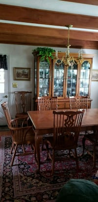 brown wooden dining table set Mount Airy, 21771