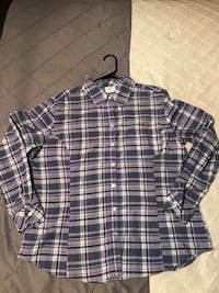 Women's purple plaid button down shirt. Size XL- in like new condition!  Morristown, 37814