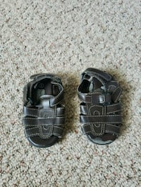 Size 5 baby shoes Pleasant View, 37146