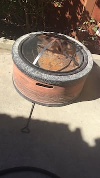 Fire pit - moving sale  Hayward, 94545