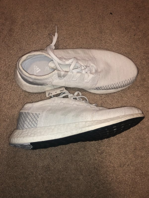 Adidas Pure boost Size 6 men 1