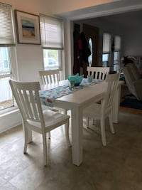 Coastal kitchen table and chairs