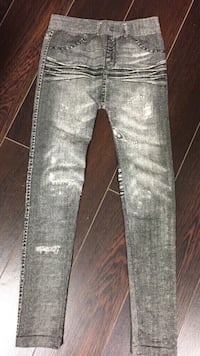 Girls jean look leggings size Large/XLarge Vaughan, L4L 6A9