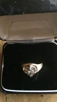 14k Gold and diamond ring in box Suitland, 20746