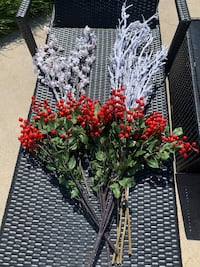 Beautiful Forever Flowers!! Set of 10 stems . Excellent condition Los Angeles, 91605