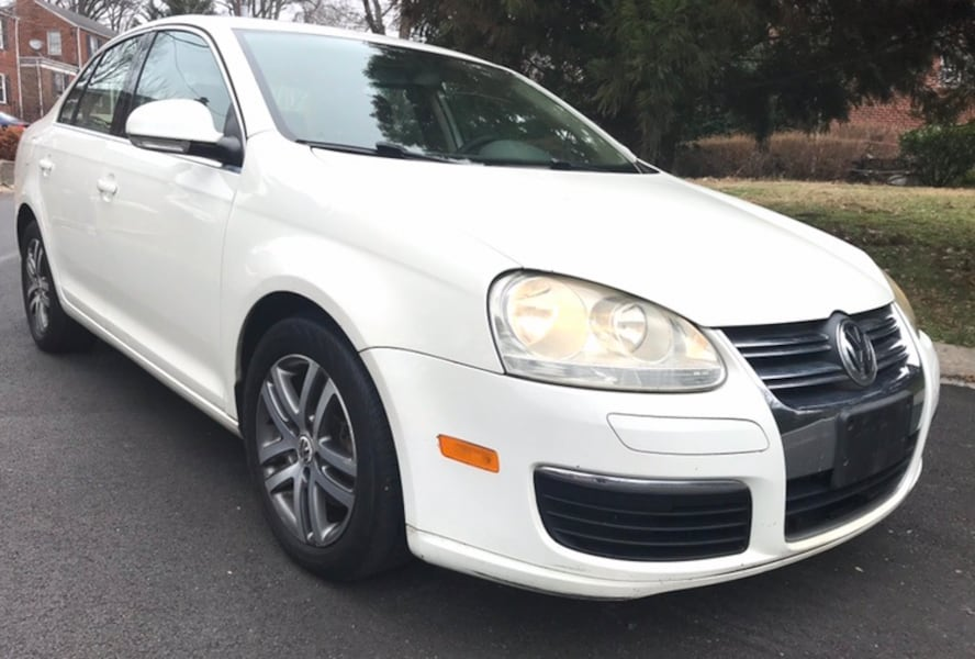 White / Tan leather only $3658 !! 2006 Volkswagen Jetta c0c4894c-d5c3-44b5-a825-90795bf133cf