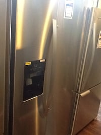 Whirlpool side by side refrigerator WRS325SDHZ Downey, 90242