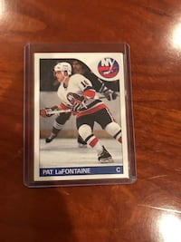 1985 Topps Pat Lafontaine hockey card