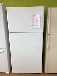 BRAND NEW GE white Top Freezer Refrigerator  Woodbridge, 22191