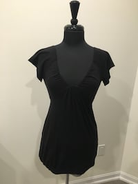 Wilfred black top/dress size small Oakville, T1Y