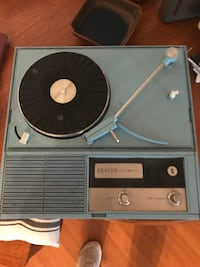 1960 Zenith record player