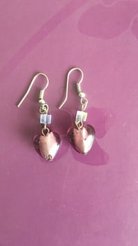 pair of silver hook earrings Brampton, L6Y 4H5