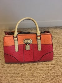 Guess Purse Grand Junction, 81501