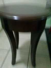 Brown wooden side table  Belmont, 28012