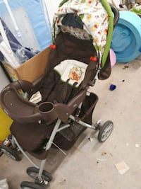 baby's black and gray stroller Shearwater, B0J 3A0
