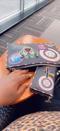 Gucci Pouch and Wallet set