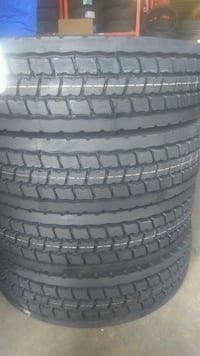 New 295/75R22.5 Sumitomo 14Ply Japanes Truck Tires Naples, 34120