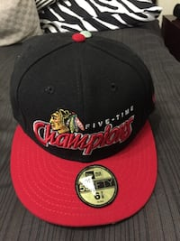 red and black Chicago Bulls snapback cap Mississauga, L5E 1L8